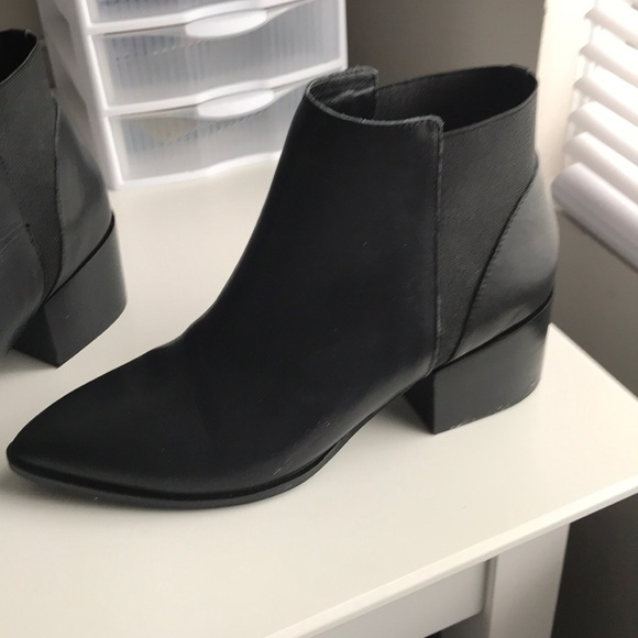 fbe19c415db Chinese Laundry Shoes - Finn bootie Chinese laundry